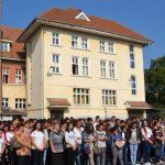 """Elevii Colegiul Economic """"Dionisie Pop Marțian"""" din Alba Iulia au participat astăzi la festivitatea de deschidere a noului an școlar 2016-2017"""