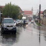 O persoană a fost rănită, în urma unei tamponări între două autoturisme petrecută în centrul municipiului Alba Iulia