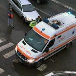 Biciclist acroșat de un autoturism într-o intersecție situată în cartierul Ampoi 1, din Alba Iulia