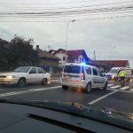 Femeie de 49 de ani accidentată de un autoturism, în timp ce traversa regulamentar o trecere de pietoni situată pe strada Horea din Alba Iulia