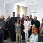 """Înaltpreasfinţitul Părinte Arhiepiscop Irineu a vizitat vârstnicii ocrotiţi în cadrul Aşezământului Social """"Sfântul Andrei"""" din Bărăbanţ"""