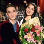 """Timeea Timofte și Adrian Popescu alesi Miss și Mister Boboc 2016 la Liceul de Arte """"Regina Maria"""", din Alba Iulia"""