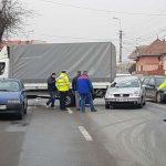 Un autoturism și o autoutilitară au intrat în coliziune, pe Calea Moților din Alba Iulia