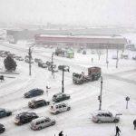 Recomandări ale poliţiştilor rutieri pentru siguranţa traficului în condiţii de iarnă