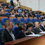 """12 echipe se întrec în proiecte aplicabile pe smart cities, în cadrul primului """"hackathon"""" organizat la Alba Iulia"""
