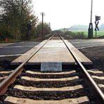 Dosar penal pentru un tânăr din Alba Iulia, după ce a adormit la volan pe trecerea la nivel cu calea ferată de la Sântimbru