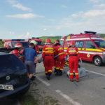 Două persoane au fost rănite la Ciugud, în urma coliziuni dintre un BMW și un VW Golf