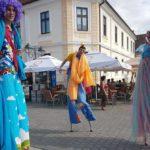 """""""PICIORoange SHOW"""" a fascinat publicul prezent în această după amiază la ALBA FEST 2017"""
