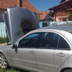 Intervenție a pompierilor militari din Alba Iulia după ce un autoturism a luat foc pe strada Iederei