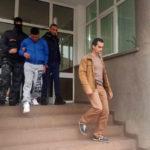 Trei bărbați reținuți de polițiștii din Alba Iulia, după ce au furat peste 12.000 de lei dintr-un aparat de jocuri de noroc