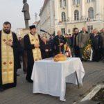 Serviciu religios și depuneri de coroane în memoria eroilor Revoluției din Decembrie 1989, la Alba Iulia
