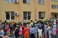 Sute de preșcolari din Alba Iulia au învățat de la poliţişti să circule corect şi să fie prevăzători