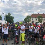 Sute de bicicliști au pedalat până la Alba Iulia pentru a celebra împlinirea a 100 de ani de la Marea Unire