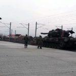 Un militar, care participa la descărcarea unor tancuri aduse pentru parada de 1 Decembrie, a murit electrocutat