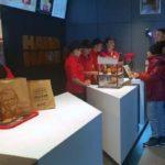 KFC a deschis astăzi primul său restaurant din Alba Iulia