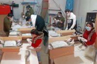Peste 1.100 de viziere de protecție realizate de voluntarii din Alba Iulia, donate către spitalele și instituțiile din județ